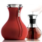 Eva Solo Tea Maker with Neoprene in Red – 34 fl.oz